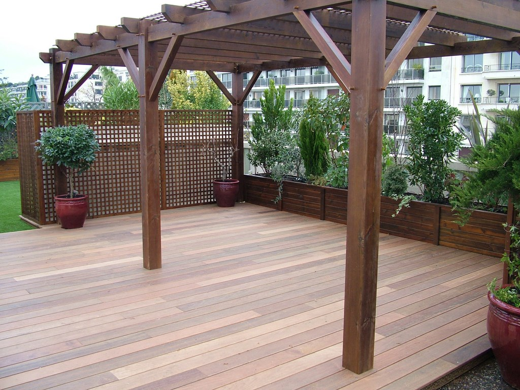 construire une pergola en bois couverte 20170801121014. Black Bedroom Furniture Sets. Home Design Ideas
